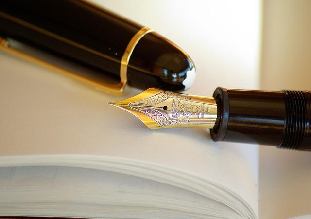 Dlaczego warto zainwestować w wieczne pióro i robić odręczne notatki?